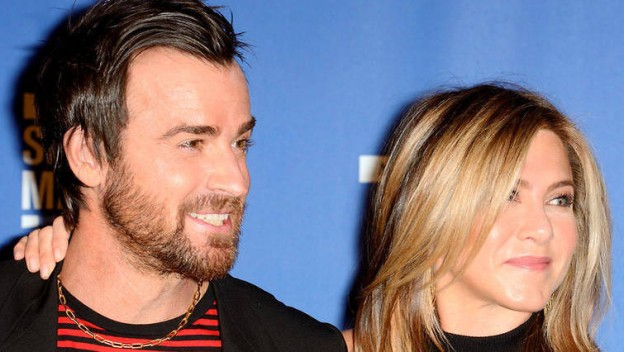 Jennifer Aniston officiellement divorcée de Justin Theroux !