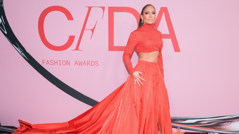 JLO a reçu le prix de Fashion Icon Award